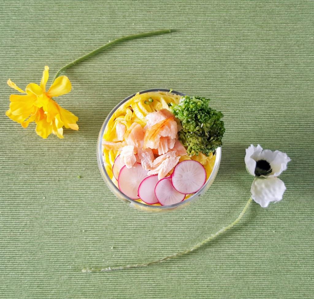 カップ寿司2
