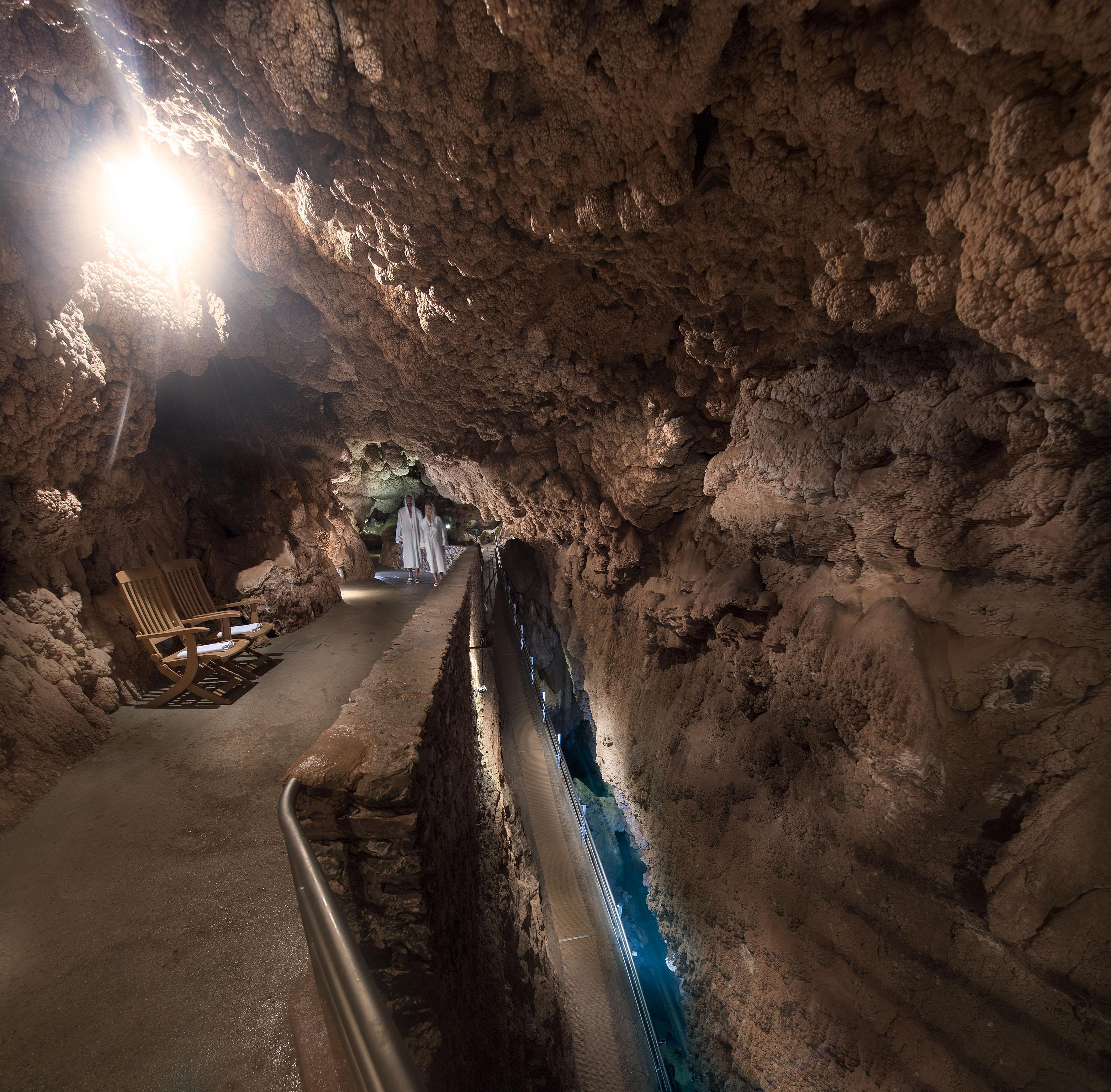 Grotta Giusti_The Natural Spa_The Thermal Grotta_Underground Lake